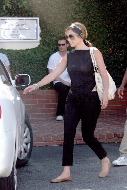 10 Celebrities With Very Big Butts | Kim Kardashian, Sofia ...